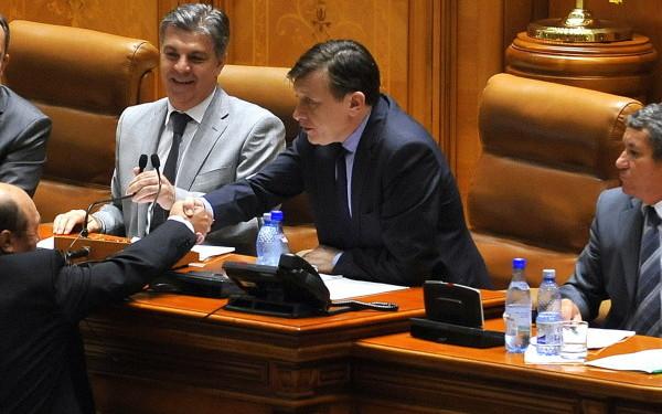 Crin Antonescu in Parlament