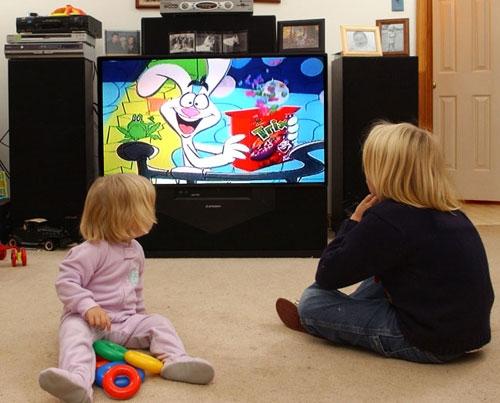 In fata televizorului