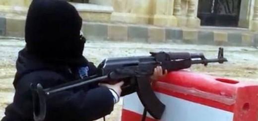 Copil 4 ani Siria mitraliera