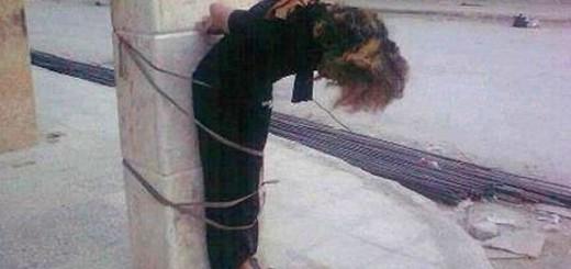 femeie_legata_de_stalp-siria
