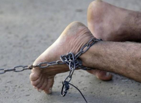 sclavi-muncitori