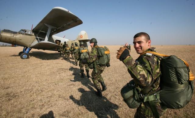militari-exercitii