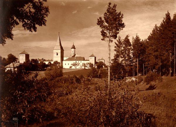 secularizarea_averilor_manastiresti