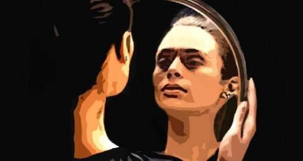 femeie-oglinda