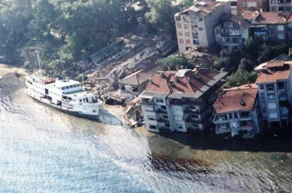 cutremur turcia 1999