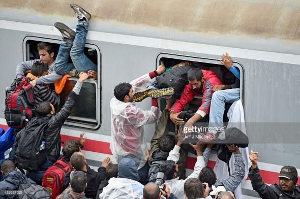 Migranți în Tovarnik, Croatia.