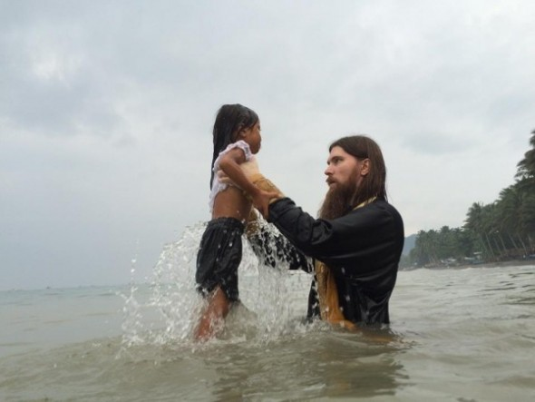 botez in masa crestin filipine
