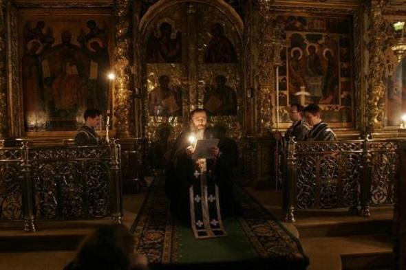 rugaciune-biserica-preot