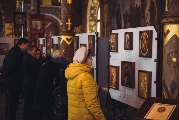 100 icoane facatoare de minuni maica domnului lavra kievului 2015 4