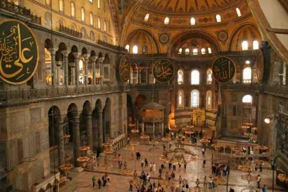 biserica-sfanta-sofia-din-istanbul-interior-2_uyux
