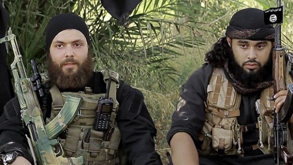 deutschsprachige-is-kaempfer-abu-omar-al-almani-l-und-abu-usama-al-gharib-haben-erstmals-in-einem-internetvideo-deutschland-mit-angriffen-gedroht-