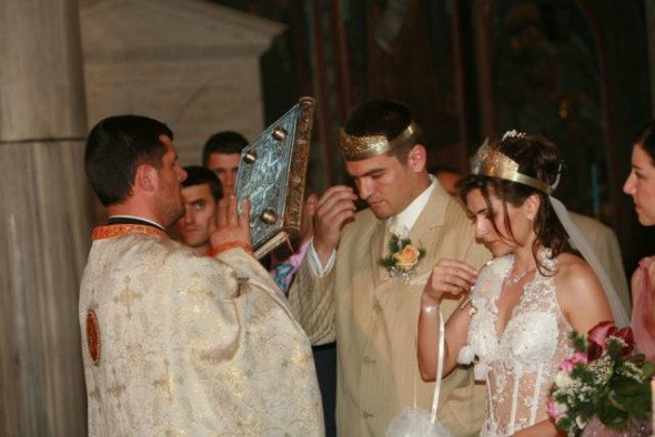Casatorie-nunta-biserica-cununie-religioasa