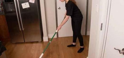 Poveştile-mai-multor-românce-care-fac-curăţenie-în-casele-din-Marea-Britanie
