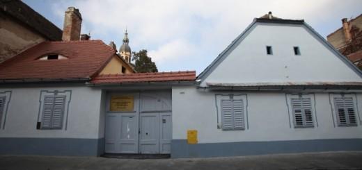 centru-medical-arhiepiscopie-800x533