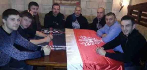 membrii-celor-64-de-comitate-hvim-la-masa-cu-cei-din-organizatia-antiromana-miscarea-national-democrata-mnd-din-republica-moldova-465x390