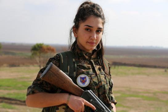 Ormia are numai 18 ani și luptă pe frontul împotriva jihadiștilor
