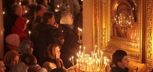 rugaciune-biserica-lumanari-icoana-maicii-domnului