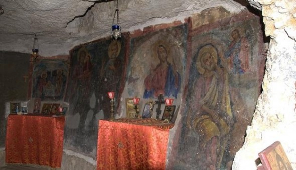 pe-tera-manastirii-sf-ilie-din-irak_569063