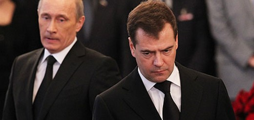 putin-and-medvedev-007