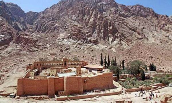 Manastirea-Sf-Ecaterina-Sinai-1