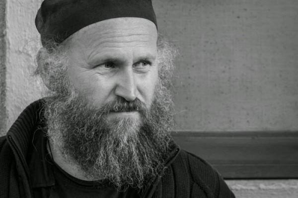 Starețul Iustin de la Oaşa