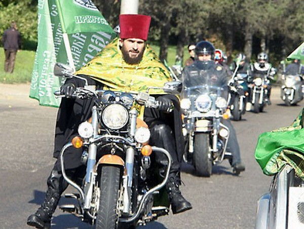 preot-motocicleta