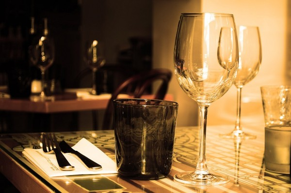 table-71380_960_720