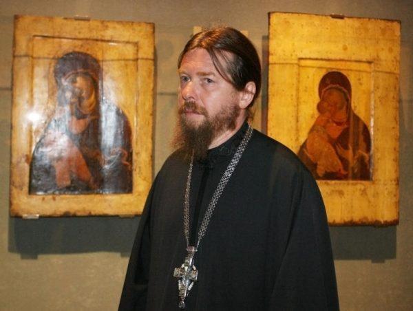 Episcopul-Tihon-Shevkunov