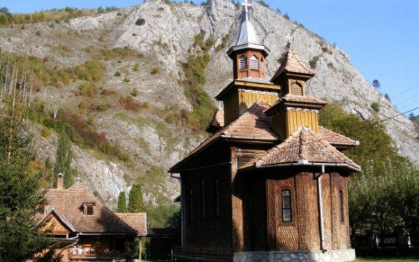 Mănăstirea Poşaga, locul unde a slujit Arsenie Praja timp de patru ani în perioada 1950 - 1954