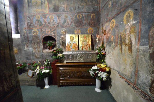 sfintul_leontie_de_la_radauti_si_sfantul_teodosie_de_la_brazi_moaste_manastirea_bogdana_2