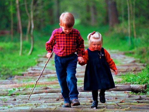 iubirea-aproapelui-copii-fetita-baiat