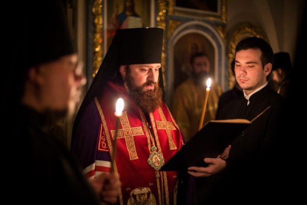 rugaciune-biserica-preoti-calugari-monahi