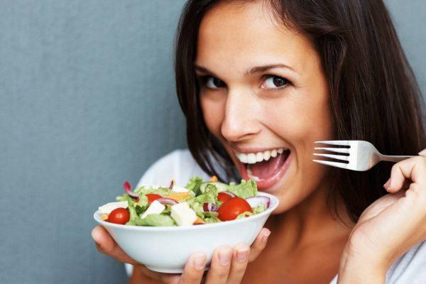 femeie-post-legume-dieta