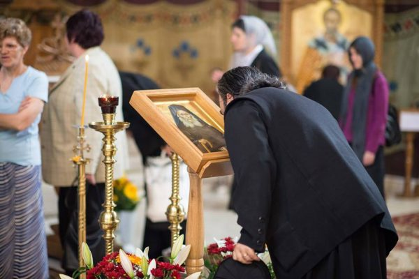preot-biserica-rugaciune