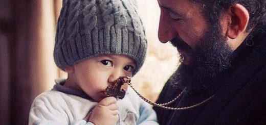 preot calugar monah copil cruce